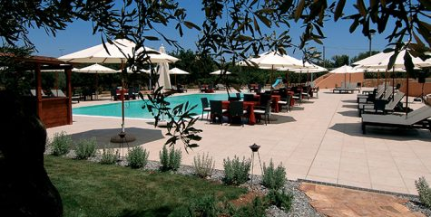 Pavimento-per-outdoor_Gallipoli-Resort_Gallipoli_Lecce_Ceramiche-Coem_Tufo
