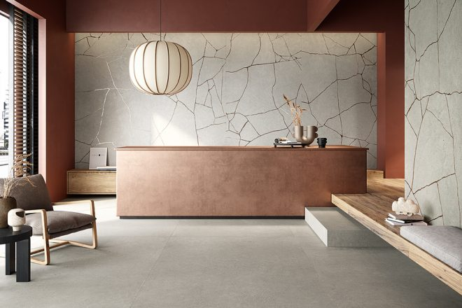 Gres-porcellanato-effetto-cemento_Ceramiche-Coem_WideGres280_Cement-Effect_Grey-120x280_Metal-Groove-Grey-120x280